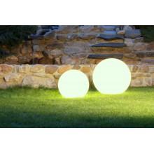 H11-009 K+B (500) svítící koule do exteriéru s kabelem (3m) bez vypínače - s bodcem, 1x E27/CF max. 23W, IP55